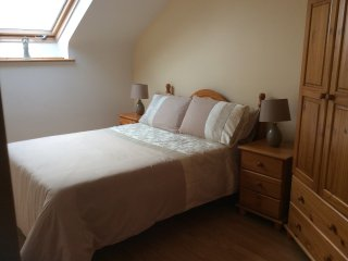 Beautiful 2 bedroom Apartment in Dungloe with Internet Access - Dungloe vacation rentals