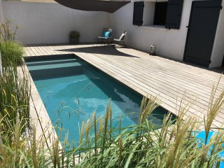PROVENCE. Proche plages. Piscine privée chauffée. - Istres vacation rentals