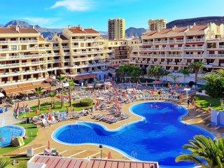 Villa Las Vistas 40COM9 - Playa de las Americas vacation rentals