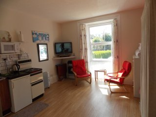 Holly - Lets Self Catering Holiday Apart' 2 - Paignton vacation rentals