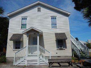 2nd floor Main St Cottage-Across Street fromOcean! - North Myrtle Beach vacation rentals