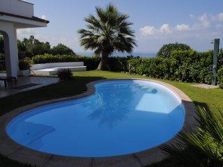 appartamento in villa giardino e piscina privata - Diamante vacation rentals