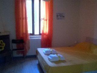 b&b residenza il casone camera Fuoco - Castiglione Del Lago vacation rentals