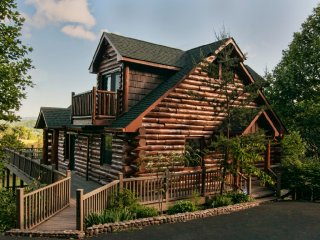 Spring Gap Meadows - Beautiful Large Log Cabin - Sevierville vacation rentals