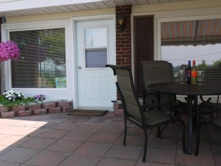 Perfect Apartment with Deck and Satellite Or Cable TV - Picton vacation rentals