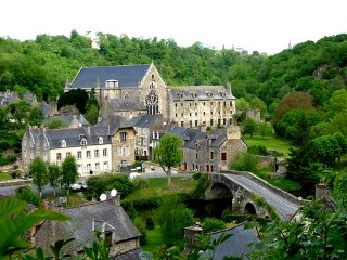 Beautiful house in incredible village  Léhon-Dinan - Dinan vacation rentals