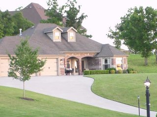 Luxurious Twin Master Suite Home in Branson Creek - Hollister vacation rentals