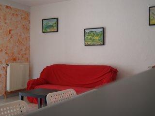 Cozy 2 bedroom Condo in Valence - Valence vacation rentals