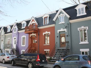 Beautiful downtown Montreal single bed L2 - Montreal vacation rentals