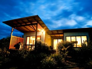 Aniseed Luxury Villas luxury self contained accomm - Coffs Harbour vacation rentals