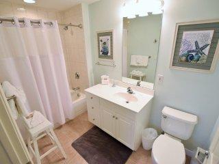 607 Destin West Gulfside ~Free Beach Service! ~Luxury Unit! ~ RA77851 - Fort Walton Beach vacation rentals