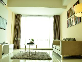 Spacious+Comfy+Travel wise,1BR Suite Makati CBD - Makati vacation rentals