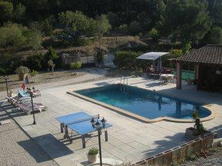 Appartement  avec piscine privée 5 PERS.  MAXI - Roquefort-la-Bedoule vacation rentals