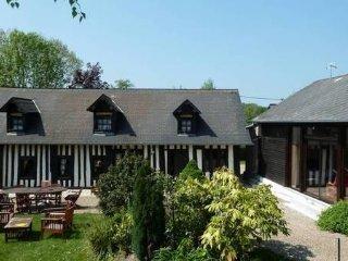 Longère normande avec salle de jeux et cheminée - Le Faulq vacation rentals