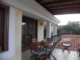Cozy 2 bedroom Condo in Santa Maria Navarrese with Internet Access - Santa Maria Navarrese vacation rentals