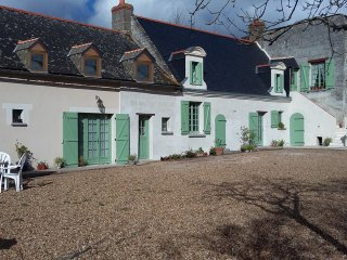French farmhouse with swimming pool - Longué-Jumelles vacation rentals