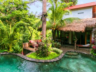 Indo Rumah Zengarden, Rumah Sumatra - Dencarik vacation rentals