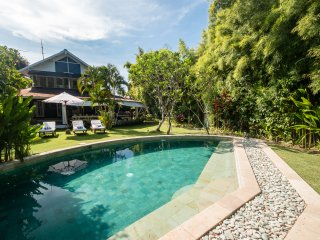 5min to Eat street & KuDeTa beach - Villa Pandora - Kuta vacation rentals