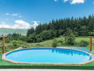 Secluded  mountain romantic hideaway with pool. - Camporgiano vacation rentals
