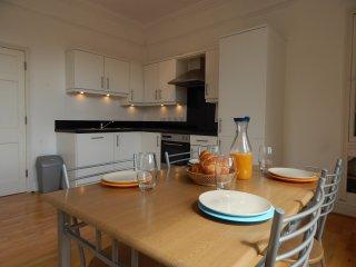 Great Apartment - city centre location - Bath vacation rentals