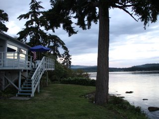 Cozy Bungalow with Deck and Internet Access - Port Orchard vacation rentals