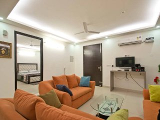 3BHK Service Apartment - New Delhi vacation rentals