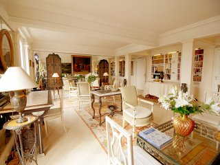 3 BR Palace Overlooking Tuileries - Paris vacation rentals
