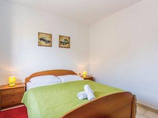 zimmer 2 - Malinska vacation rentals