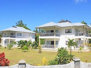 2 bedroom Villa with Internet Access in Amitie - Amitie vacation rentals