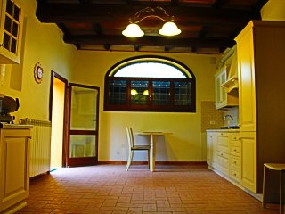 Nice Bed and Breakfast with Internet Access and A/C - Budrio vacation rentals