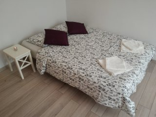Abalone Gdansk - Old Town Renovated & Comfy Flat! - Gdansk vacation rentals