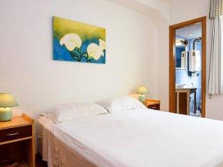 Ipanema - Flat 1 bedroom with balcony IBS501 - Rio de Janeiro vacation rentals