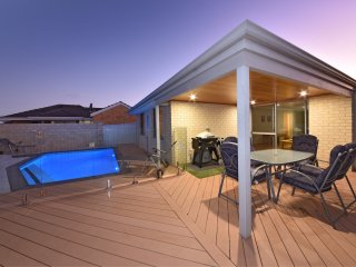 Brighton Beachside Jindalee Central - Jindalee vacation rentals