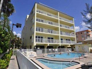 Beautiful Florida 2-bedroom - Indian Shores vacation rentals