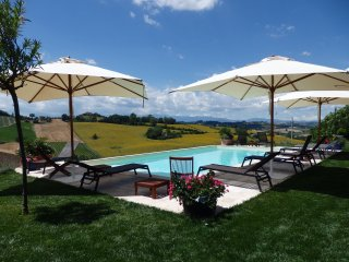 Villa Bellazona, Luxus Apartment Petritoli - Petritoli vacation rentals