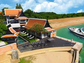 Luxury Beach Villa with 6 bedroom on the beach - Pattaya vacation rentals
