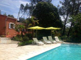 4 bedroom House with Internet Access in Sillans-la-Cascade - Sillans-la-Cascade vacation rentals