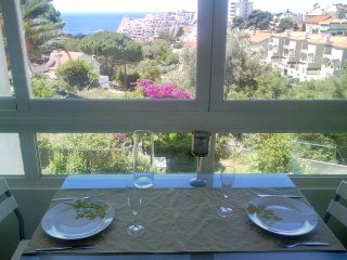 HOUSE OF SUN -apartment 1km away from the sea- sea view - Sesimbra vacation rentals