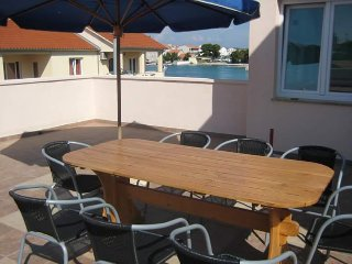 4 bedroom Apartment with Internet Access in Betina - Betina vacation rentals