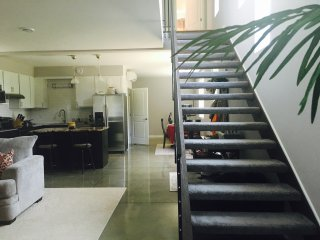 Downtown Contemporary House Built 2015 sleeps 6-8 - Indianapolis vacation rentals