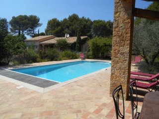 Villa Le Brulat,sleeps up to 10,private pool. - Le Castellet vacation rentals