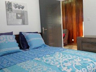 """Location de meublé de charme """" LE PAPYRUS """" - Cilaos vacation rentals"""