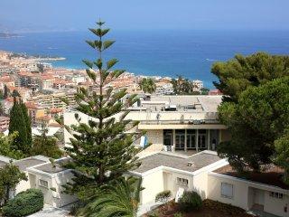 Appartement 3pers ,vue sur mer et piscine Ref513 - Menton vacation rentals