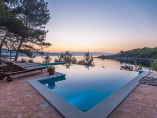 Villa Aqua Directly on the Sea with Heated Swimmingpool, 4 Bedrooms, 5 Bathrooms - Hvar vacation rentals