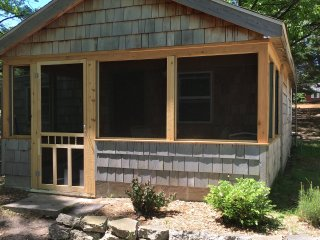 """Oak"" Cottage - Alden Thayer Lake - Alden vacation rentals"
