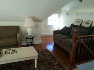 victorian 3rd fl apt 1 blk to historic downtown - Lee vacation rentals