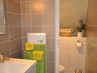 BED AND BREAKFAST ****,  Table d' Hôtes,MEAL , 1Heure Paris,Moret S/Loing - Moret-sur-Loing vacation rentals