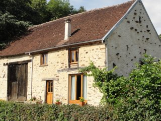 Cozy House in Lussac-Les-Eglises with Wireless Internet, sleeps 6 - Lussac-Les-Eglises vacation rentals