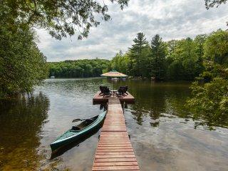 'Stornoway' Getaway On White Lake in Haliburton - Kinmount vacation rentals