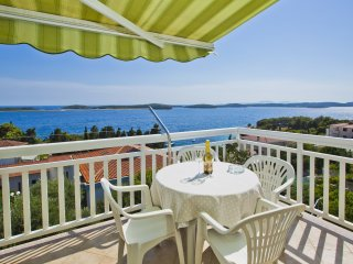 Apartment Zora Sea View Top Floor - Hvar vacation rentals